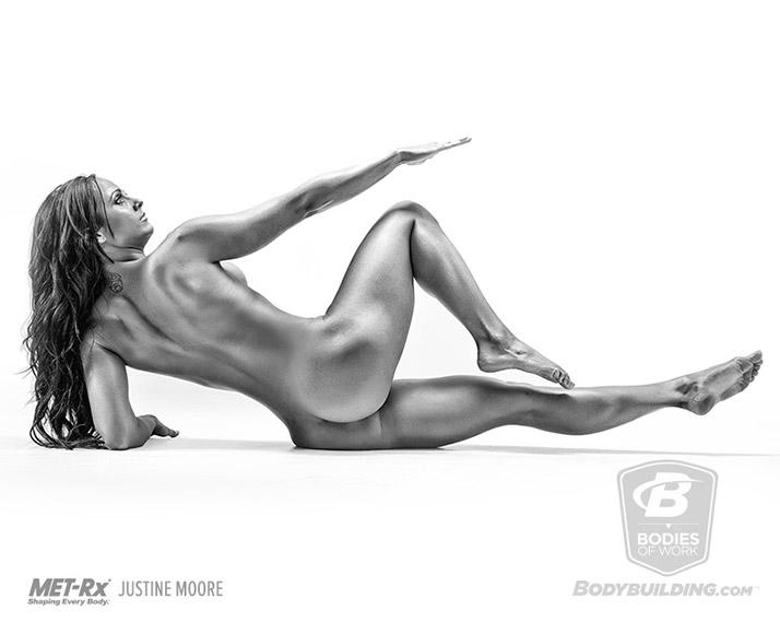 Justine Moore (Джастин Мур)