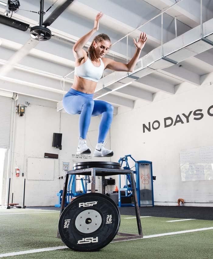 Алиша Ньюман на тренировке